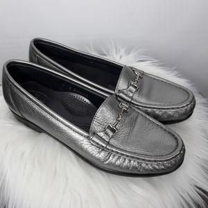 SAS women's Loafer size 8